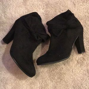 Black suede bow ankle boots